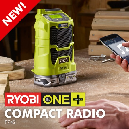 Compact Radio With Bluetooth® Wireless Technology