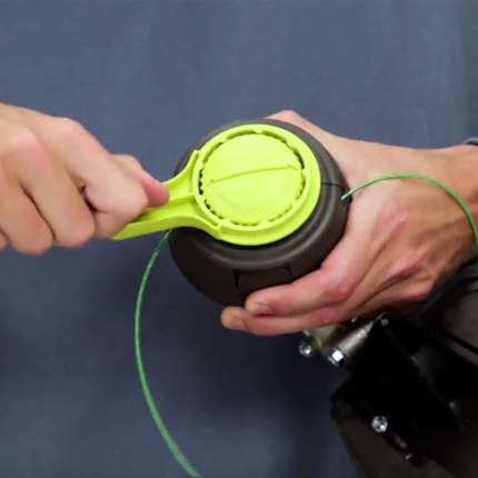 How-to-Load-RYOBI-REEL-EASY-Bump-Head