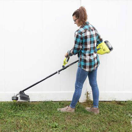 YARD-MAINTENANCE-TIPS-FOR-EARLY-FALL