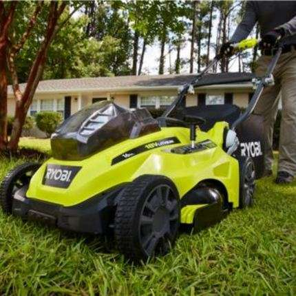 5-Reasons-You-Should-Mow-Your-Own-Lawn