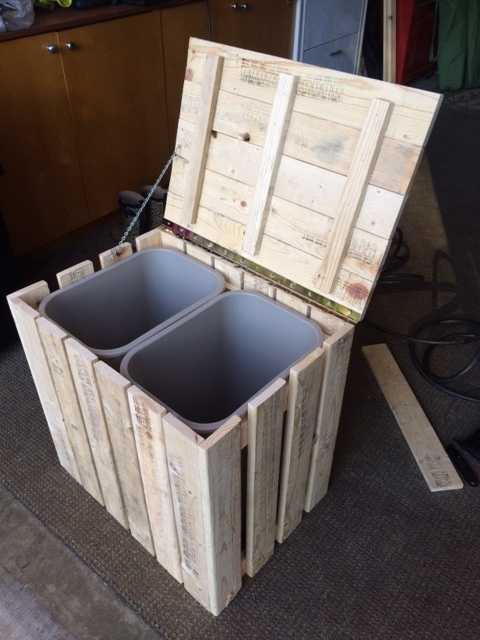 Rustic Trash Recycle Bin Made From Pallet Wood Ryobi