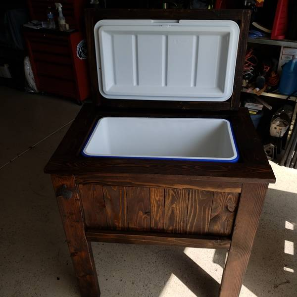 Photo: Ice Chest cooler