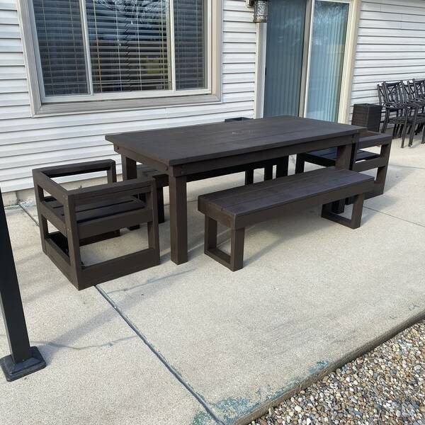 Photo: Outdoor modern patio table
