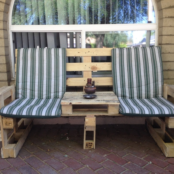 Photo: Patio Pallet Couch