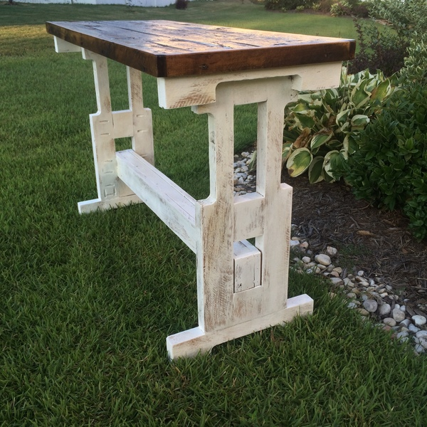 "Photo: ""One Pallet Table"""