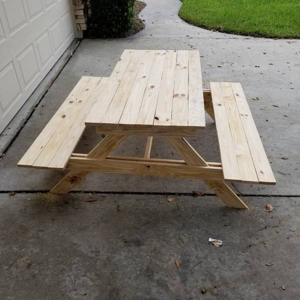 Photo: Kids picnic table