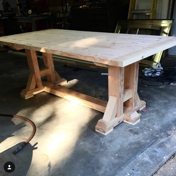 Photo: Farmhouse Rustic Table