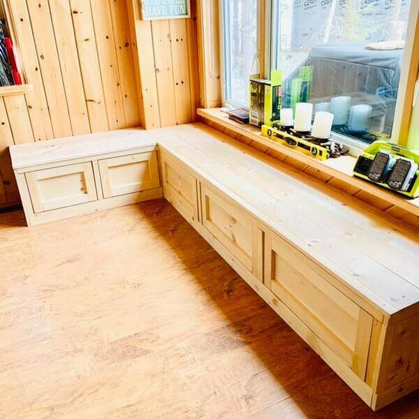 Photo: DIY Banquette