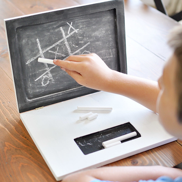 Photo: Laptop Chalkboard
