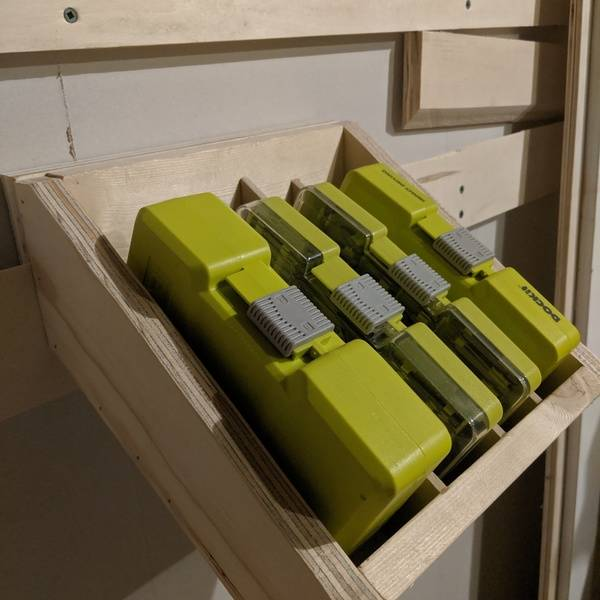 Photo: Drill/Drive Multi-pack Storage