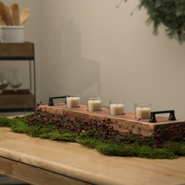 Photo: Holiday Centerpiece