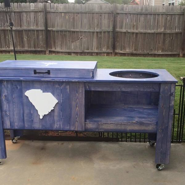 Photo: Grill and cooler Table