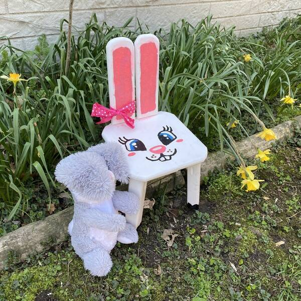 Photo: Kids Bunny Chair
