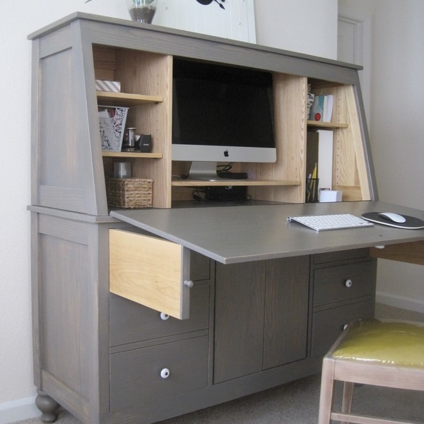 Photo: Large Hutch Desk