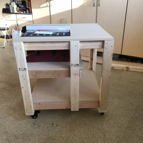 Photo: Table Saw Workstation
