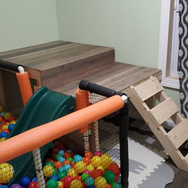 Photo: BALL PIT PLAYSET