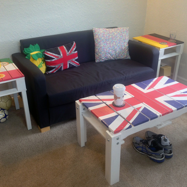 Photo: College Apartment British Coffee Table