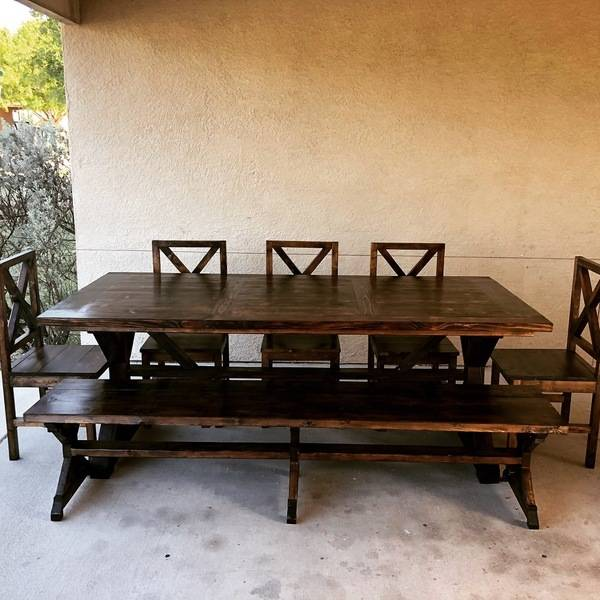 Photo: Farmhouse dining set