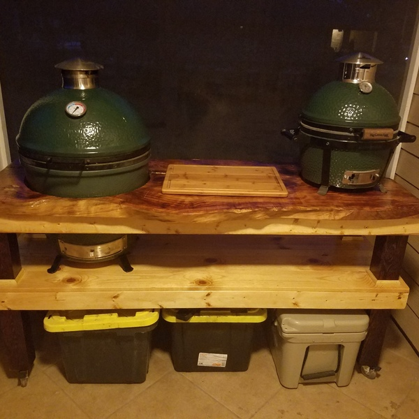 Foto: Mesa Big Green Egg