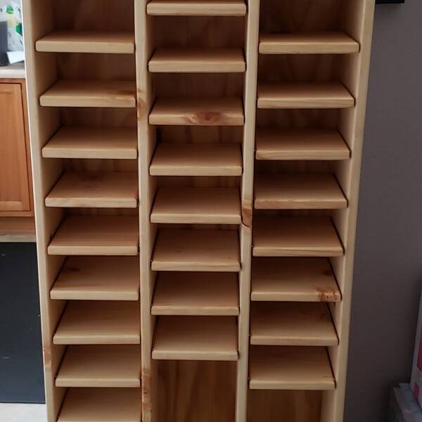 Photo: Adjustable shelving unit