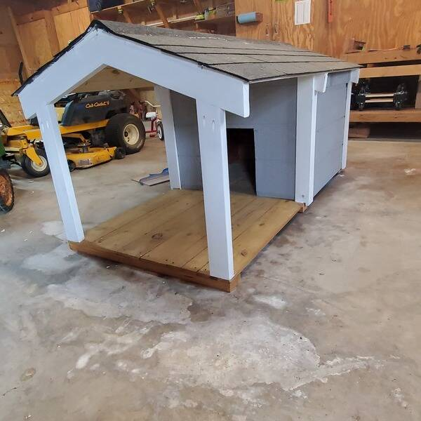 Photo: dog house for spoiled pup