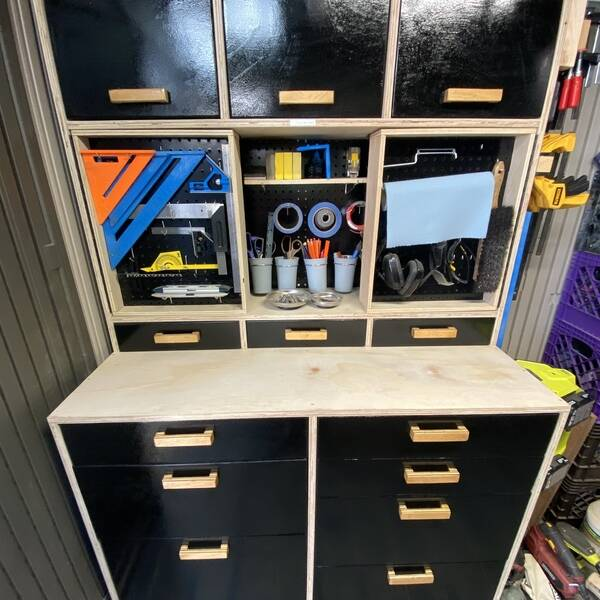 Photo: Tool Storage Workbench