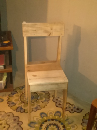 chair made from reclaimed pallet