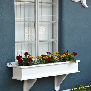Photo: Classic Window Box Project