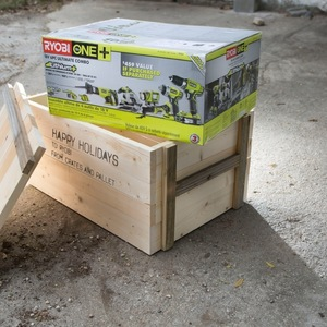 Photo: CRATE GIFT BOX Project